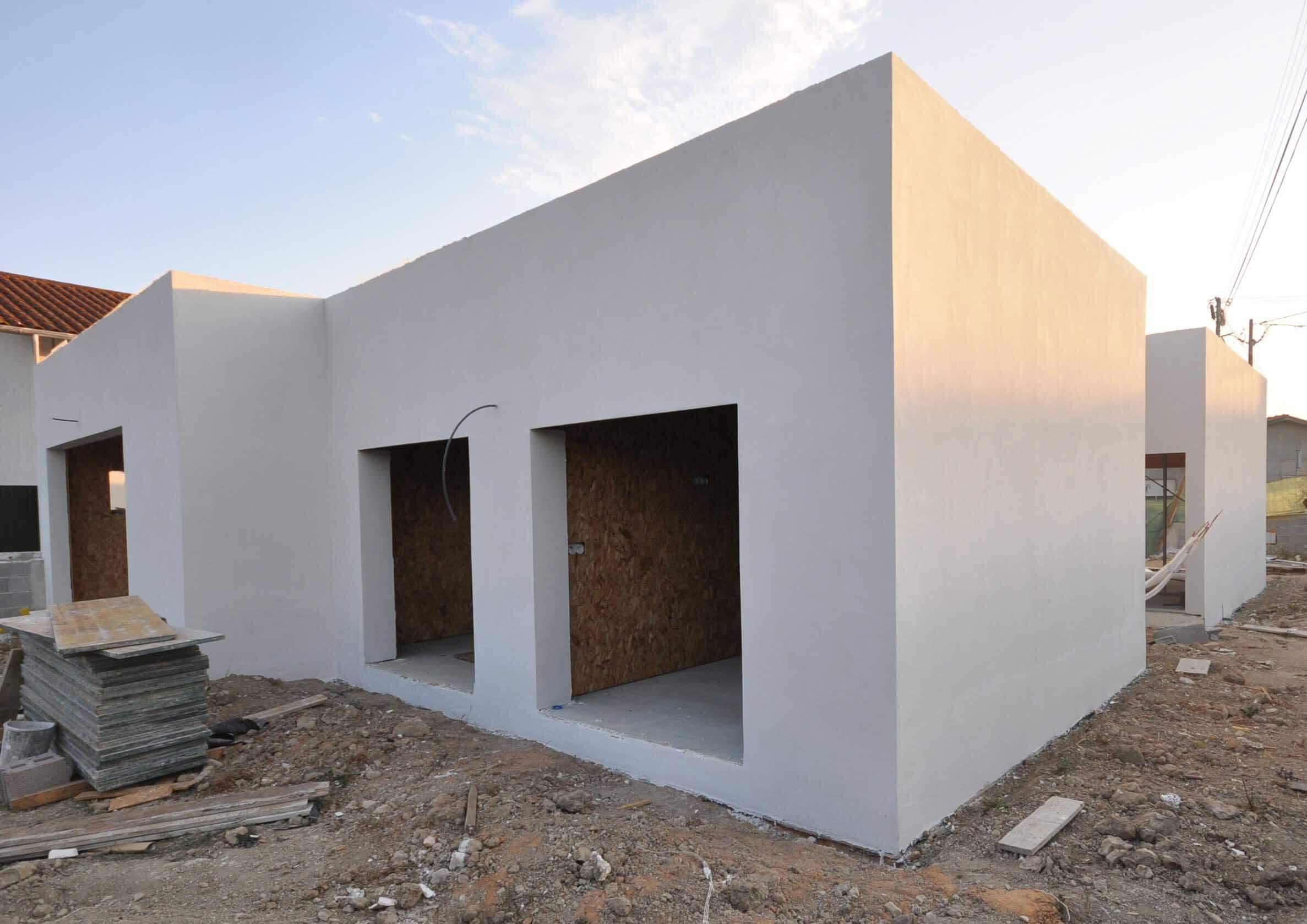 Moradia-MSRF-acabament-exterior